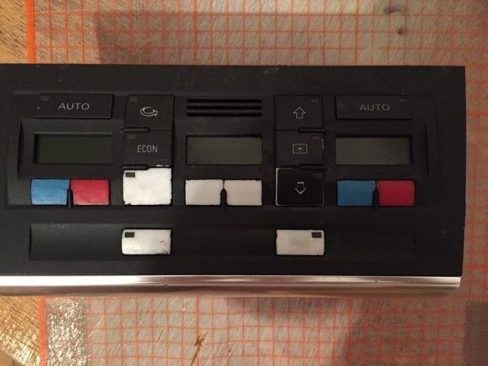 Stickere butoane Audi A4 B6/B7 si VW Golf5