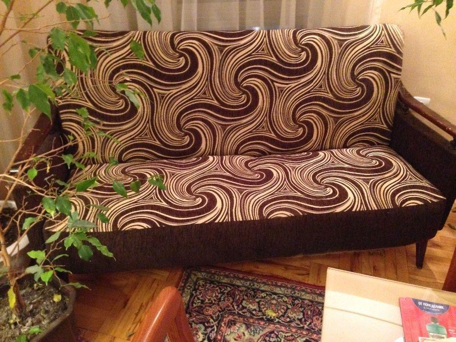 Уникален оригинален диван от Сирия, с 2 фотьойла