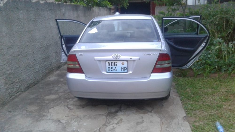 Toyota Xcova Muito Clean