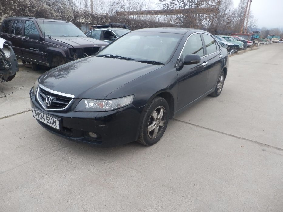 Хонда Акорд Honda Accord 2004г. Бензинова 2.0 157кс.