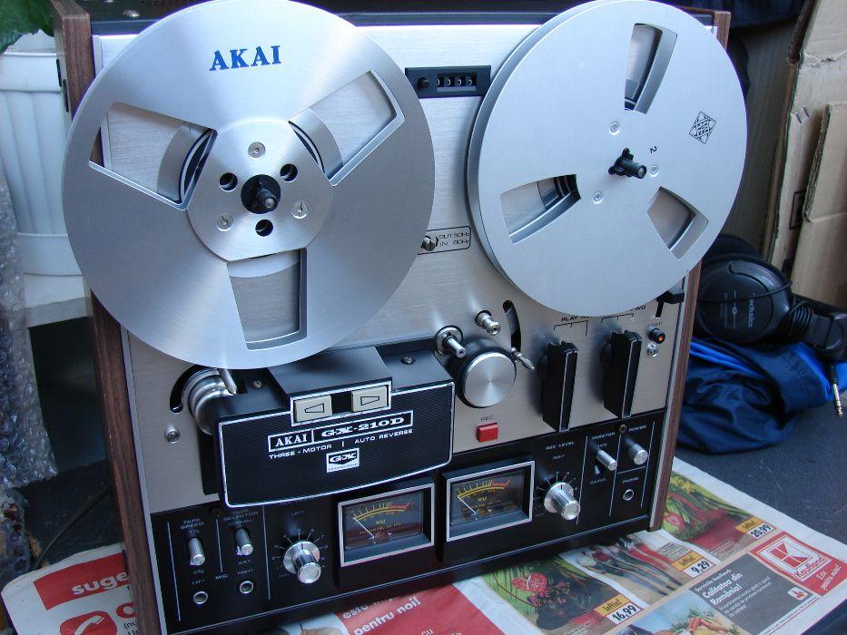 Magnetofon Akai gx 210