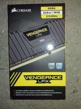 Memorie Corsair Vengeance LPX Black 16GB DDR4 2133MHz CL13 Dual Channe
