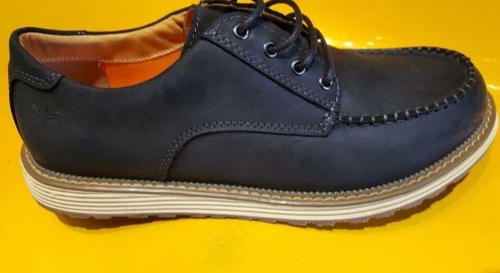 Sapatos casuais Timberland/ Cat
