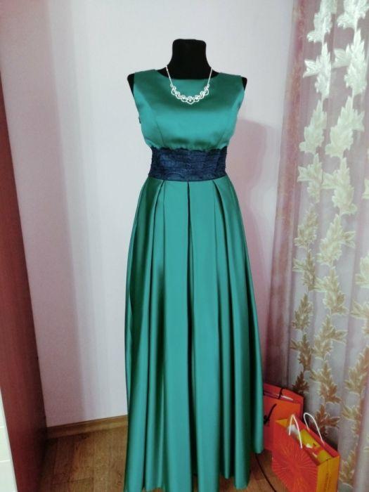 Продам новое платье в г. Астана