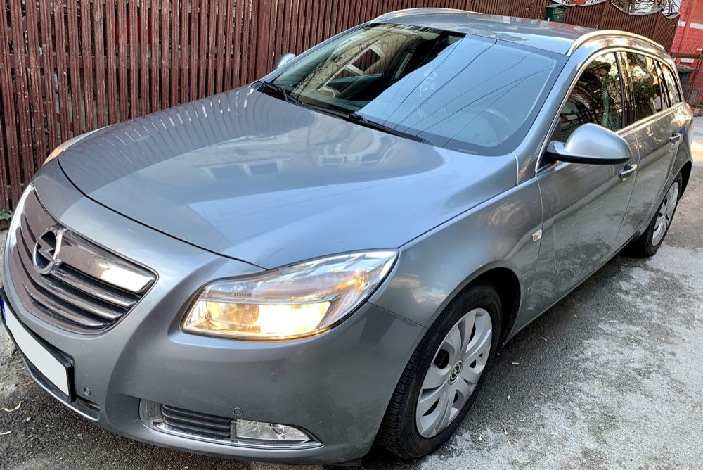 Opel INSIGNIA 2.0 CDTI-130cp // 2010 // automat // navigatie
