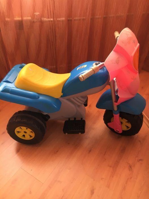 Продам детский машина и мотоцикл