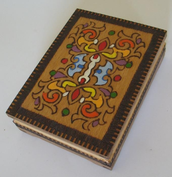 Нова кутия за бижута с български мотиви
