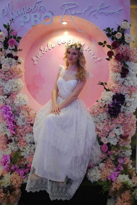 Свадебное платье, р. 44 (М)