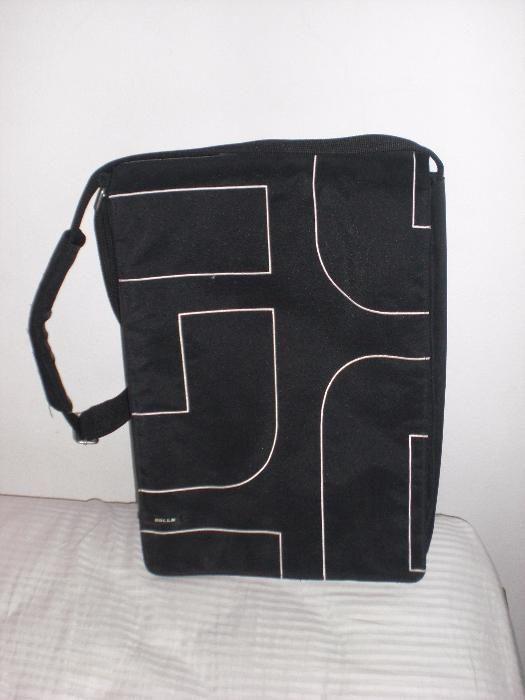 Продавам бизнес чанта за лаптоп