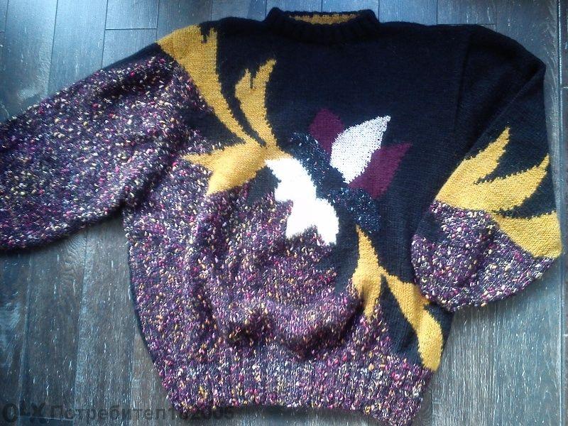 Ръчно плетен пуловер