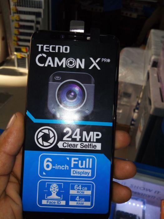 Tecno Camon X Pro 64 GB selados