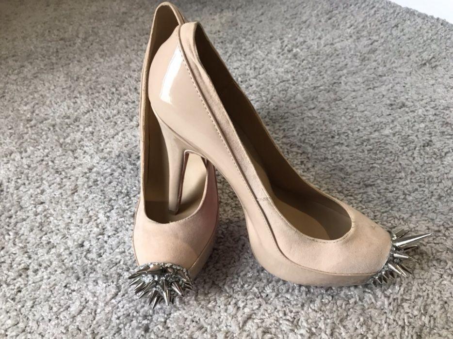 Официални фешън обувки, цвят крем с орнамент, , нови