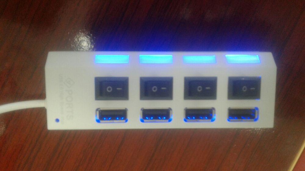 Usb hub 2.0 na caixa Polana - imagem 1