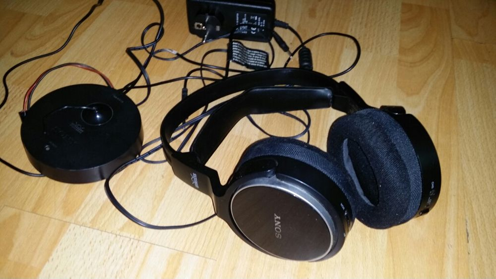 Urgent si ieftin casti Sony RF810R