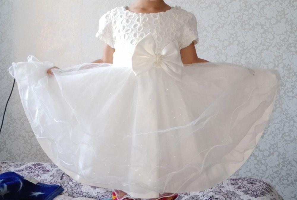 Детское Белое пышное Платье для девочки