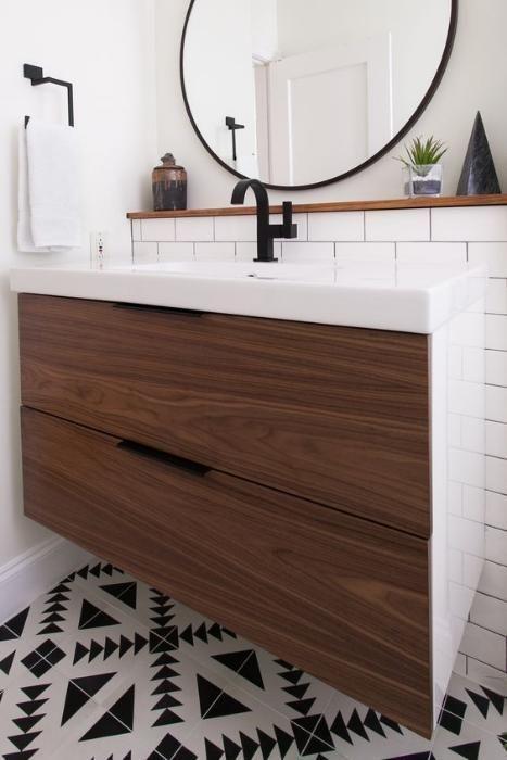 Мебели за баня по поръчка-водоустойчиви шкафове и плотове от МДФ иПВЦ