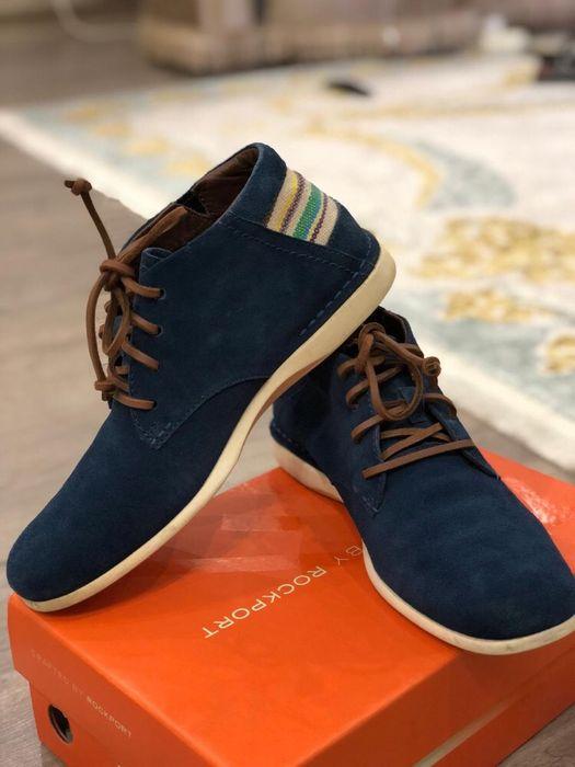 Продам мужские осенние замшевые ботинки