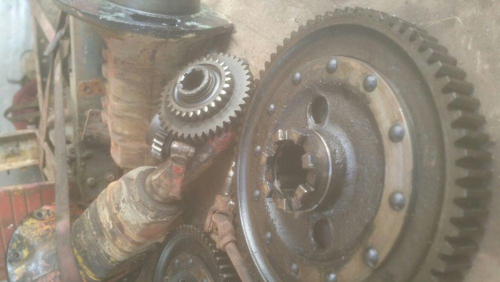 Vind piese tractor U650