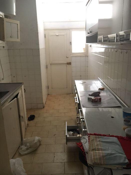 Arrenda-se Apartamento T2+1 3°Andar na Polana Bairro Central - imagem 4