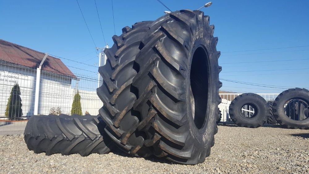 Cauciucuri noi de tractor 20.8-38 BKT cu 12 pliuri avem si radiale R38