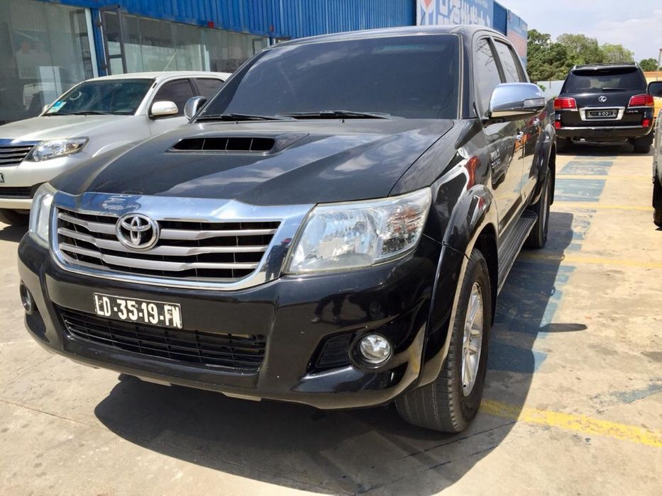 Hilux diesel automática full option