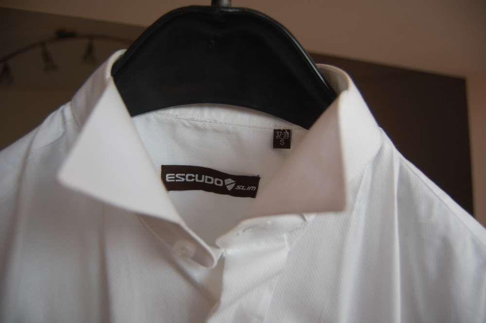 Vand camasa slim cu butoni pentru papion Escudo
