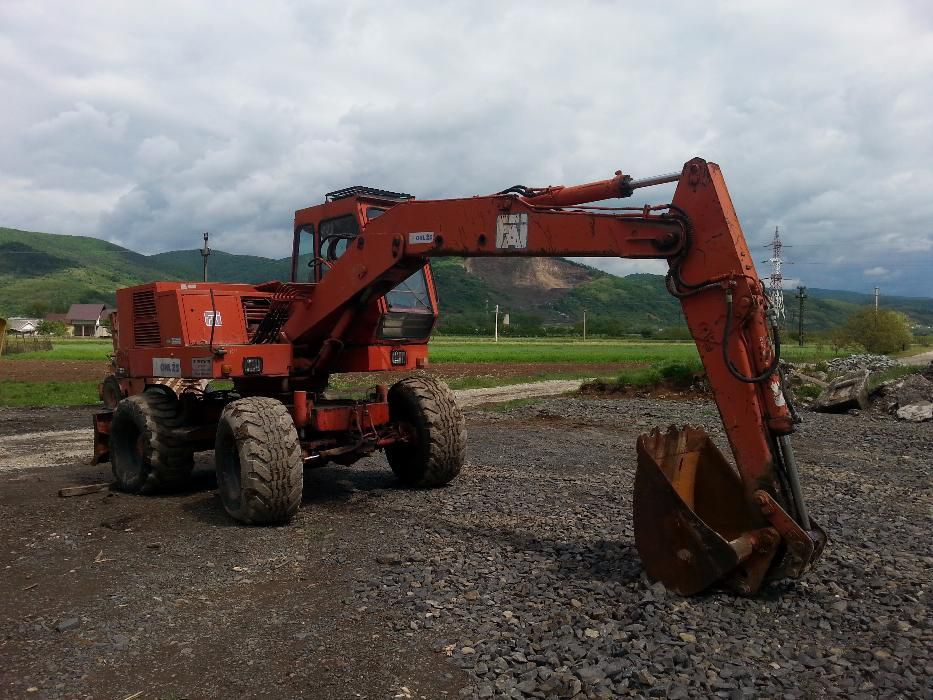 Excavator FAI, dezmembrez, hidromotoare,pompa,motor,punti,cardane,cupa