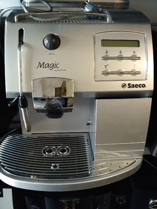 Aparat expresor cafea boabe Saeco Magic comfort plus new model