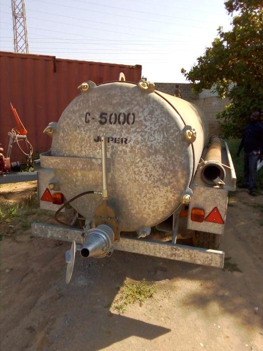 Cisterna joper 5000L nova. Explore o seu tractor