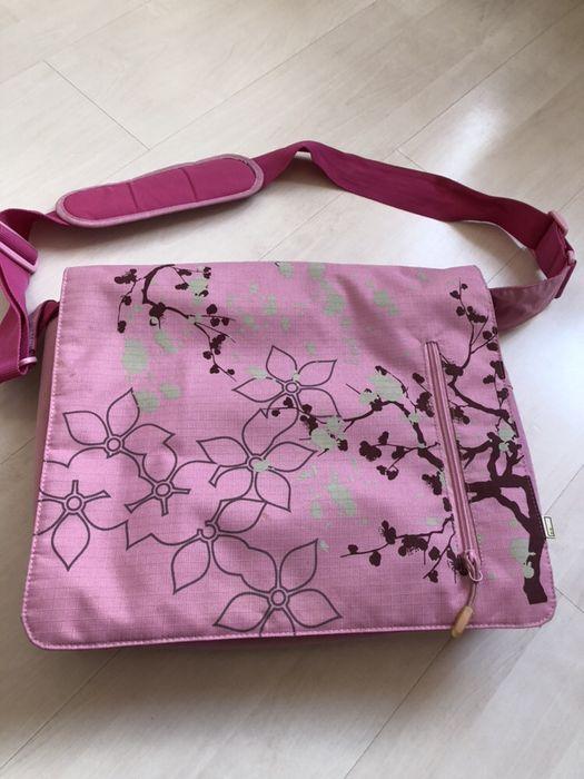 Розова чанта за лаптоп