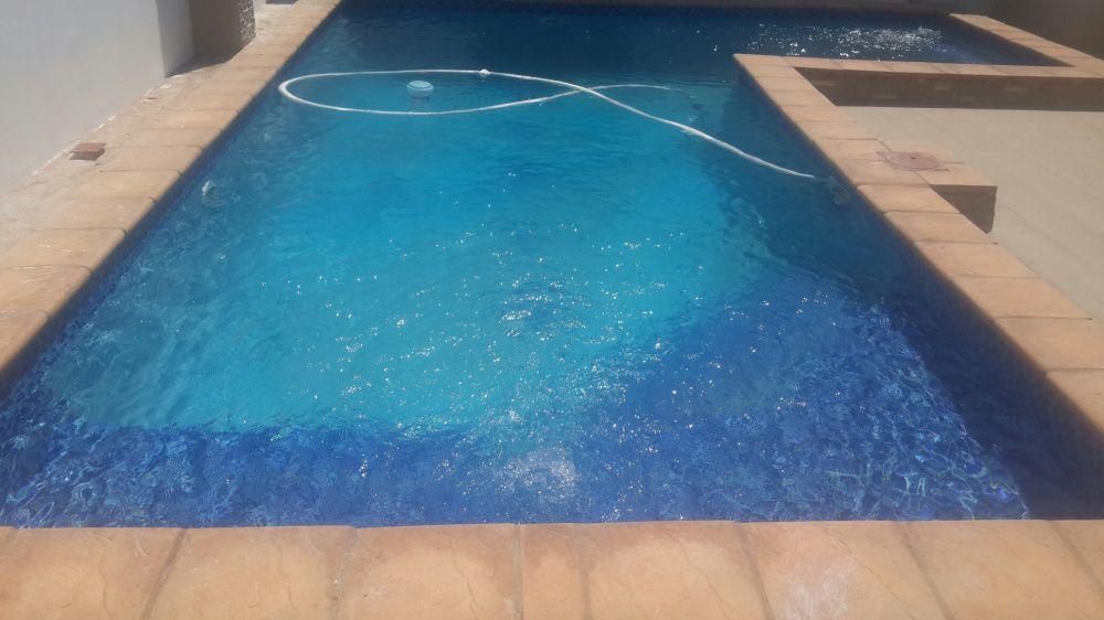 Tratamentos, aspiração e manutenção de piscinas