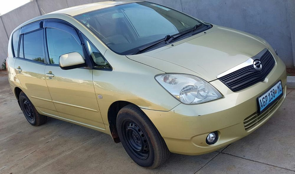 Vendo Toyota Spacio recente clean