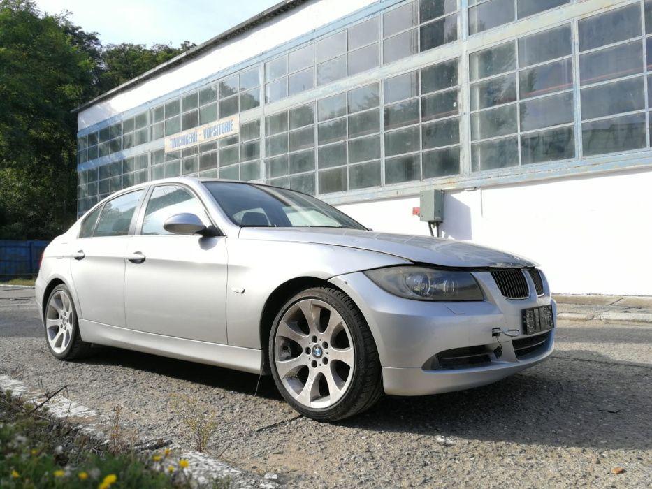 Dezmembram BMW Seria 3 E90 2007 berlina 330 XD volan pe stanga!