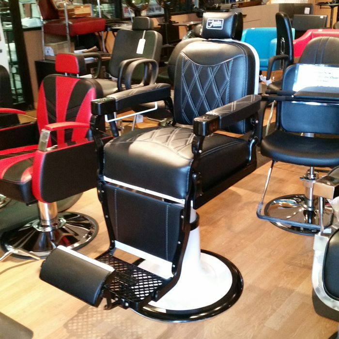 Vendo Cadeiras para Salao e BarBearia