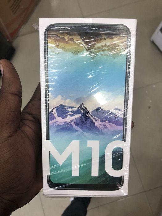 Samsung M10 na caixa selado
