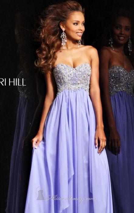 Платье Sherri Hill.