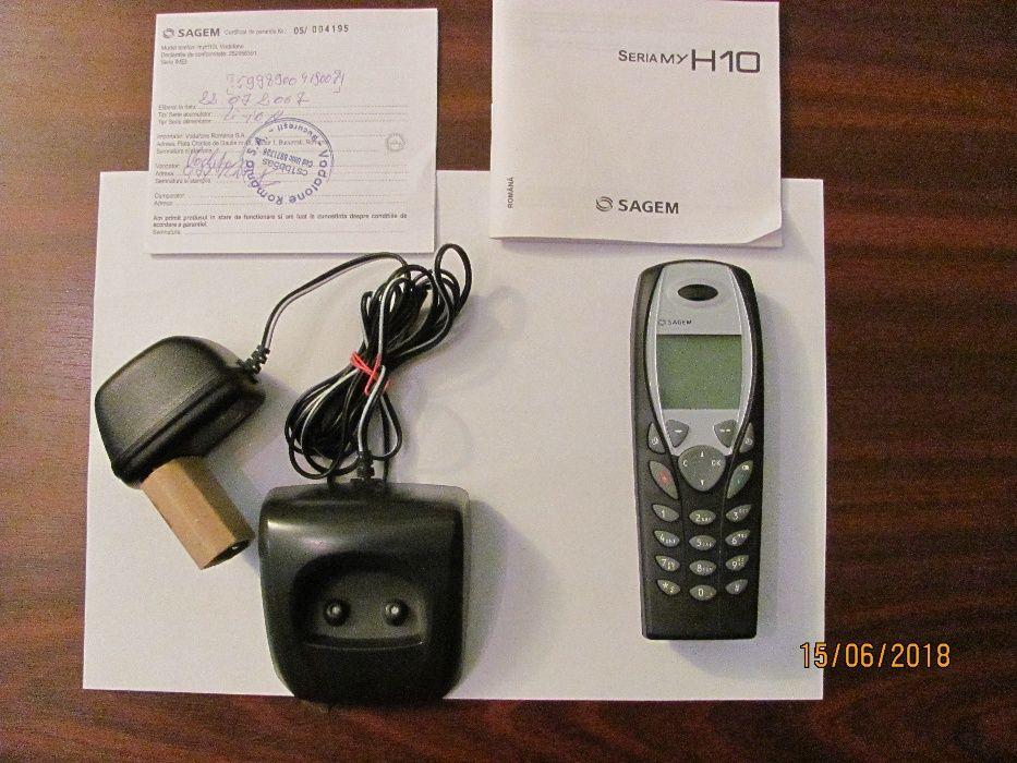 Mobil telefon vechi functional aproape nefolosit SAGEM H10 fabricat Ch