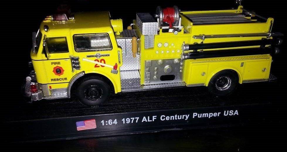 "Macheta Auto De Colectie ""ALF Century Pumper"" Scara 1:64,Noua,Sigilata"