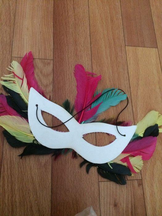 Карнавальная маска с перьями Атырау - изображение 3