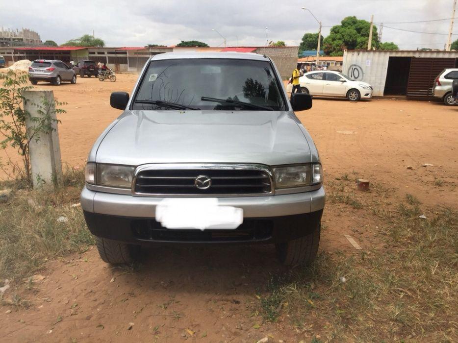 Vende-se Mazda