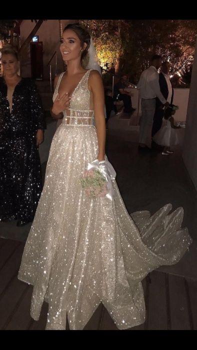 Продам шикарное свадебное платье в стиле Berta