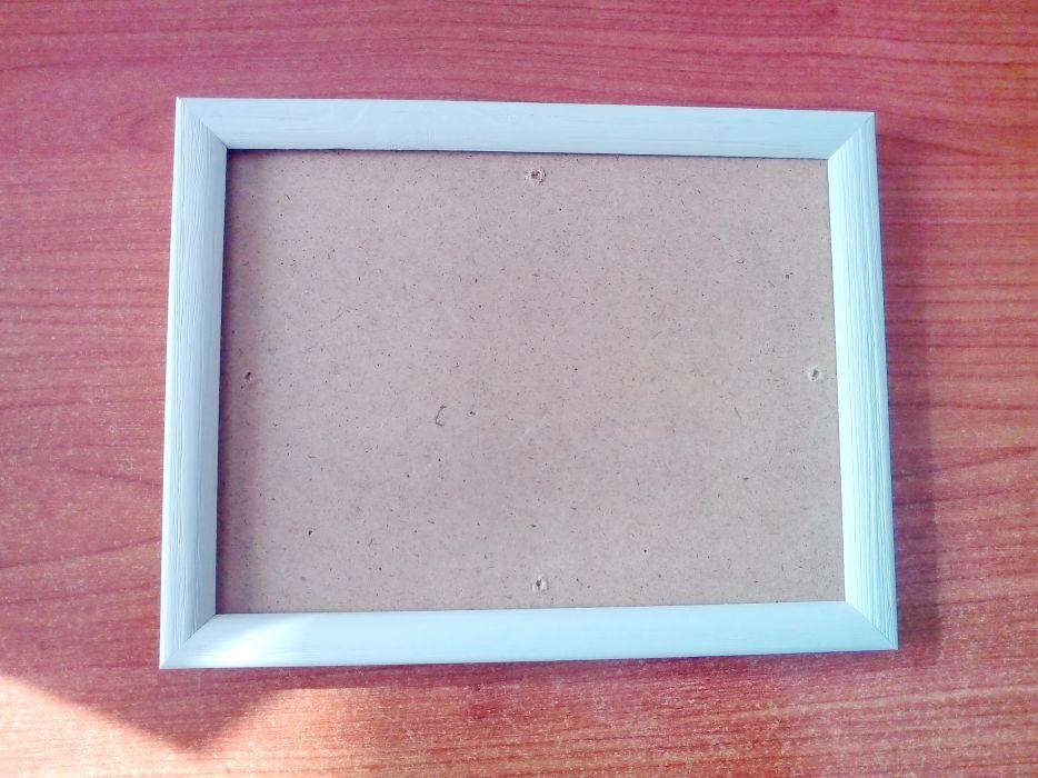 Продавам рамка за снимка.