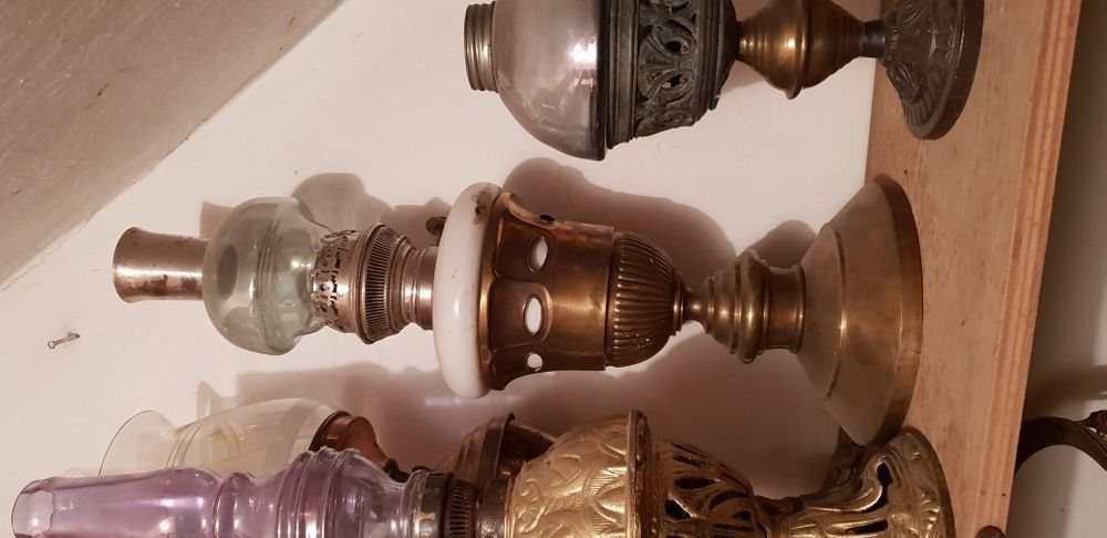 Lampa petrol alama cu maiolica vintage