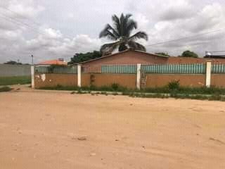 Vendo está casa localizada no Luanda-sul Viana projeto morar