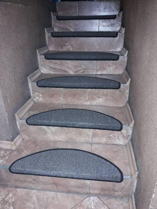 Самозалепващи стелки за стълбища 65/28см