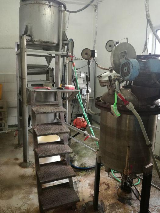 Продавам напълно оборудвана инсталация за производство на боза