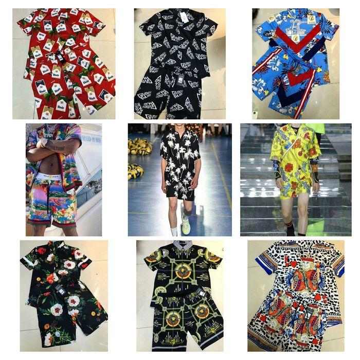 Conjuntos de camisa e calções