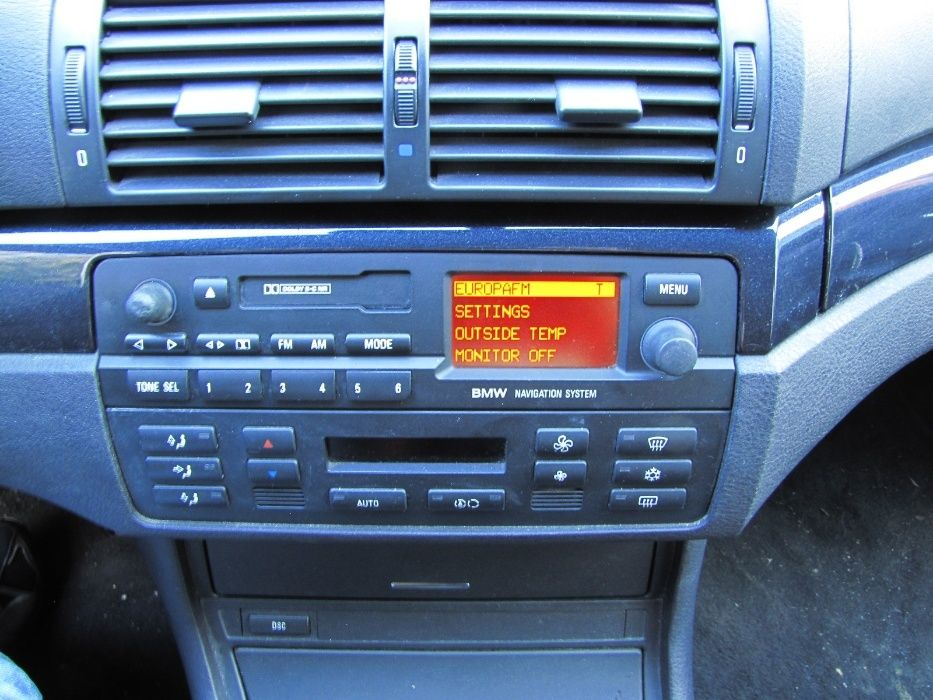 Radiocasetofon BMW e46 cu / fara navigatie (monocrom)