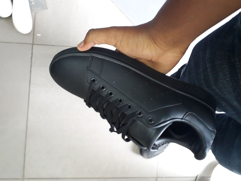 Adidas full black