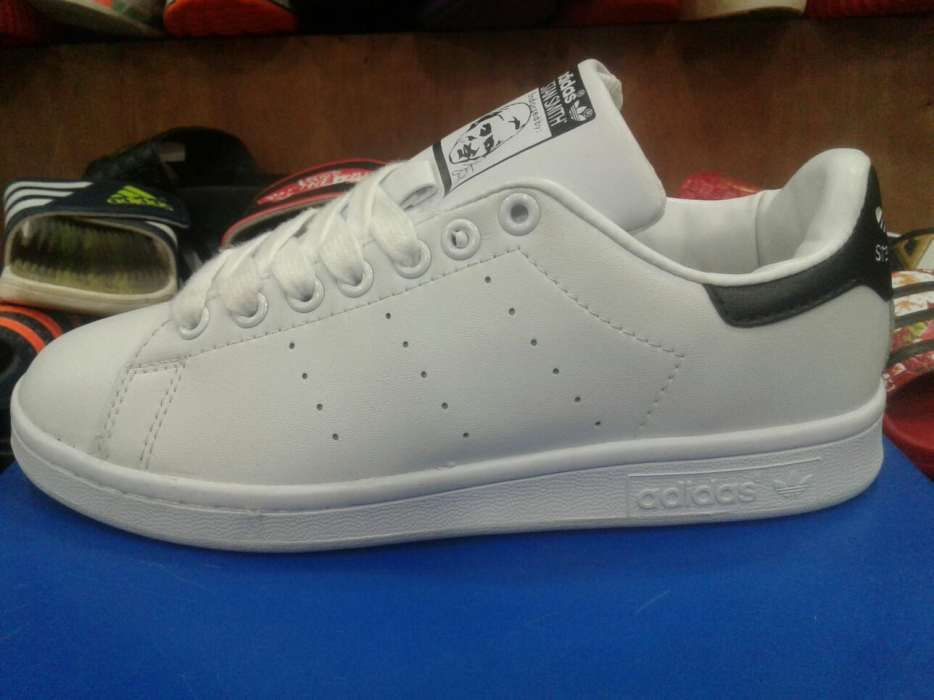5c92cb7724a Adidas Stan Smith Preta atrás Talatona • olx.co.ao